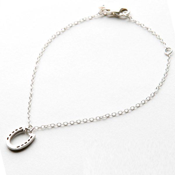 Horseshoe Bracelet in Silver