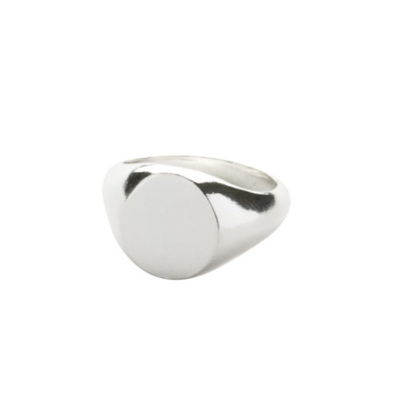 Oval Signet Ring in Sterling Silver
