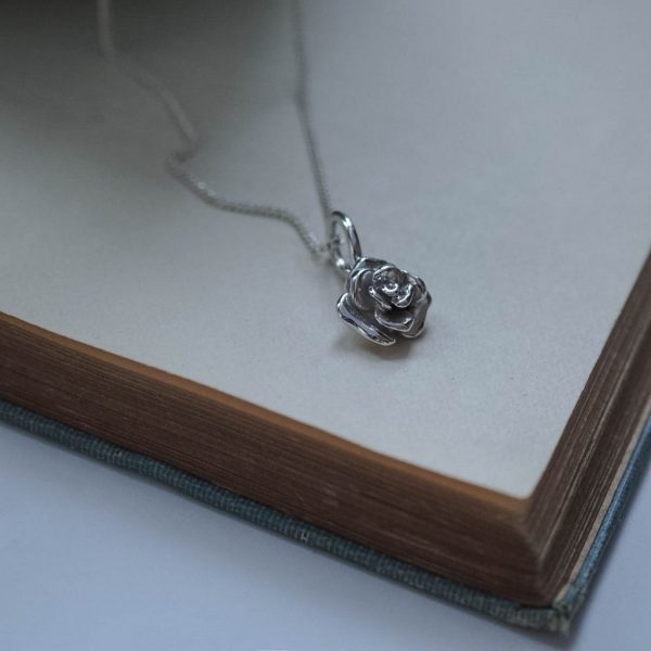 Rose Necklace Silver