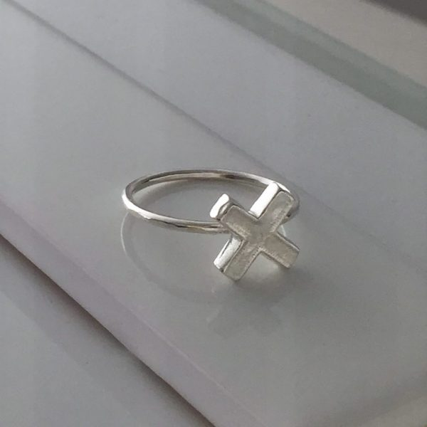 Cross Ring in Sterling Silver
