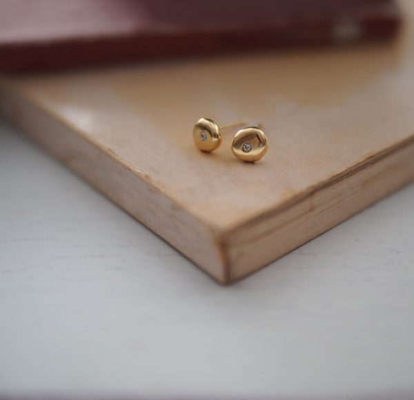 Birthstone Comfort Earrings in Solid Gold by Bianca Jones Jewellery