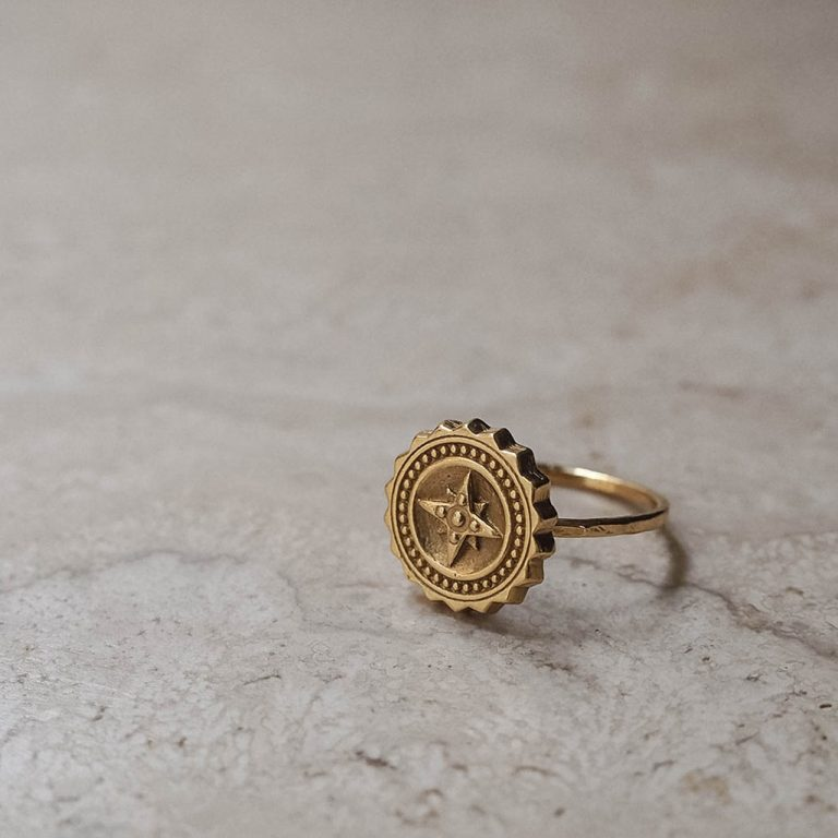 Compass ring in Gold Vermeil
