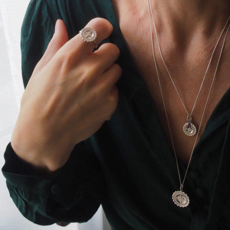Compass Midi Garnet Necklace