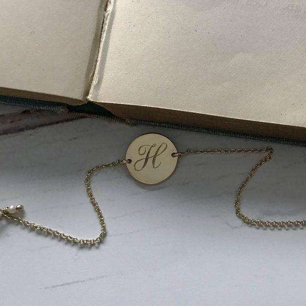 Initial Mini Bracelet in Yellow Gold