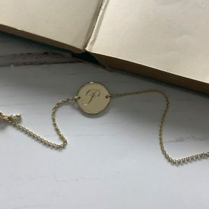Initial Mini Bracelet in Yellow Gold