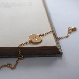 Initial Mini Bracelet in Gold Vermeil