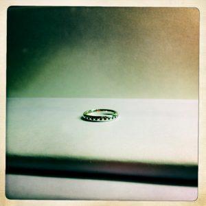 blue sapphire ring in white gold, bianca jones