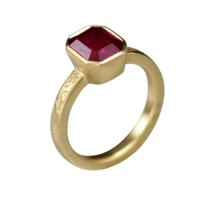 Me and Ro 18K Gold Emerald Ruby Ring